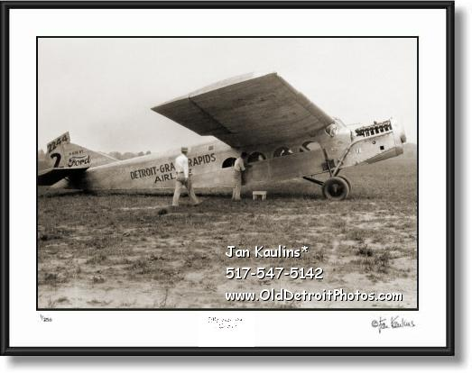 Click on this image to see an enlarged view of DETROIT GRAND RAPIDS AIRLINES 1926 photo.