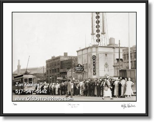 Click on this image to see an enlarged view of GAYETY BURLESQUE THEATER Detroit 1920s photo.