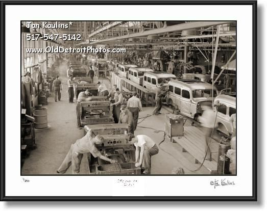 Click on this image to see an enlarged view of CHRYSLER WWII Army Truck Assembly line photo.