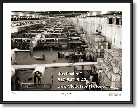 Click on this image to see an enlarged view of WILLOW RUN B-24 Bomber Assembly Line photo.