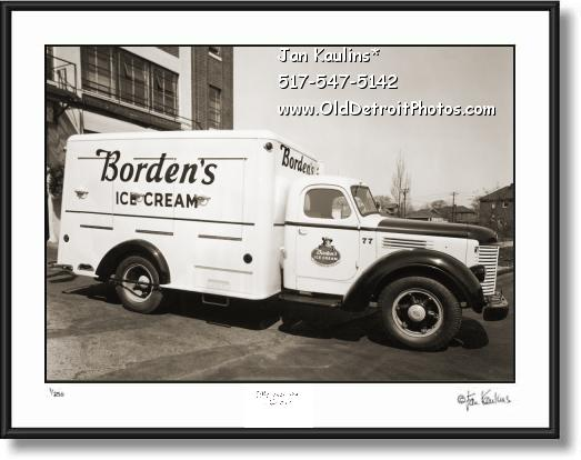 BORDENS ICE CREAM TRUCK Detroit old photo