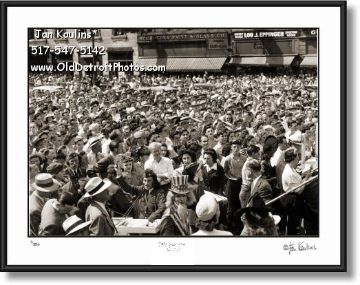 Click on this image to see an enlarged view of WWII WAR BONDS RALLY Detroit photo print.