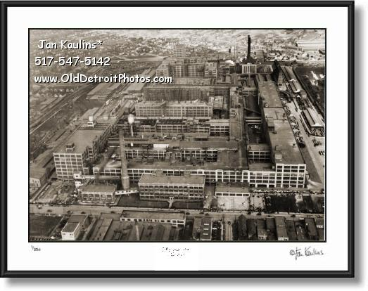 Click on this image to see an enlarged view of DODGE MOTOR CAR COMPANY Detroit 1937 photo.