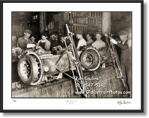 Click on this image to see an enlarged view of FORD AXEL ASSEMBLY LINE 1923 photo print.