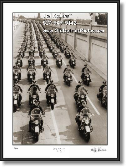 Click on this image to see an enlarged view of DETROIT MOTORCYCLE POLICE 1954 photo print.