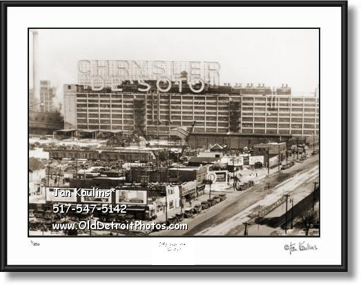 Click on this image to see an enlarged view of CHRYLSER DE SOTO Jefferson Plant Detroit photo.
