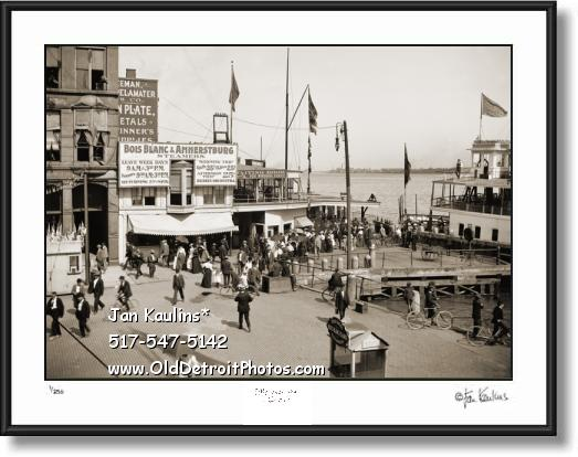 Click on this image to see an enlarged view of BOIS BLANC & AMHERSTBURG Ferry Docks photo.
