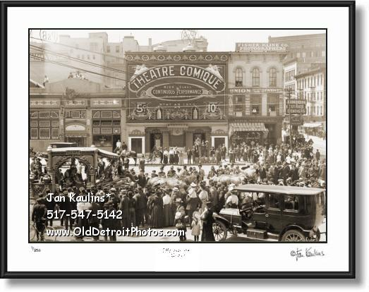 Click on this image to see an enlarged view of OLD DETROIT THEATRE COMIQUE photo print.