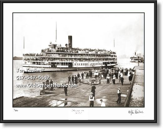 Click on this image to see an enlarged view of PUT-IN-BAY Steamer PUT-IN-BAY photo print.