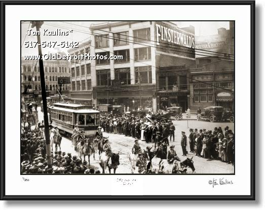 Click on this image to see an enlarged view of OLD DETROIT CIRCUS PARADE Gratiot Ave 1910.