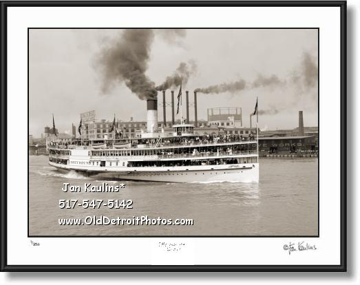 Click on this image to see an enlarged view of STEAMER GREYHOUND  Steamship 1905 photo.