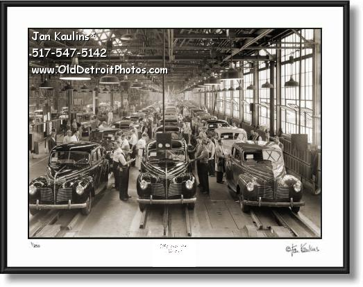 Click on this image to see an enlarged view of  1940 PLYMOUTH FACTORY Assembly Line photo.